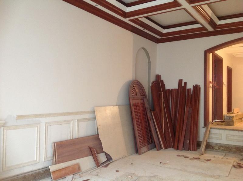 木工美式背景墙