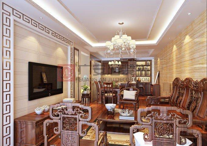 红木沙发背景墙正中挂饰古典框裱画