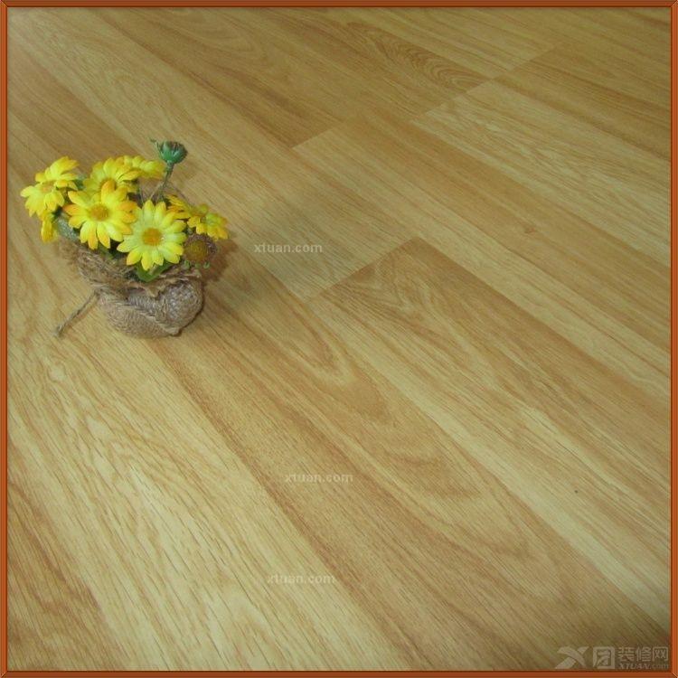 龙叶地板--双拼橡木室内铺装装修效果图