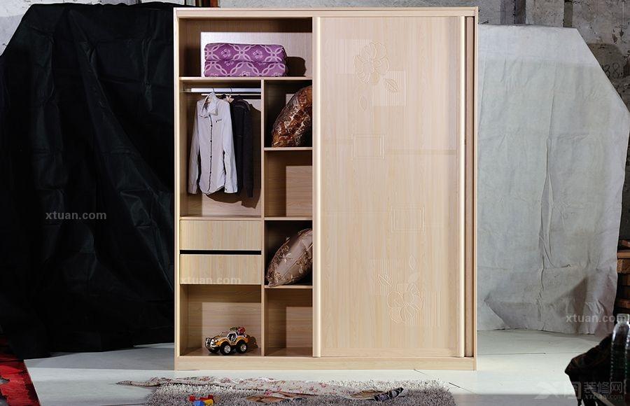 心逸品-吸塑枫木色衣柜
