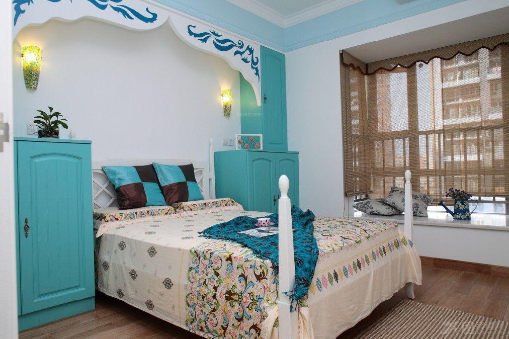 城卧室家具装修效果图  户型:三室两厅 房间:卧室 风格:地中海风格
