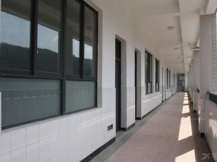 学校教学楼走廊设计