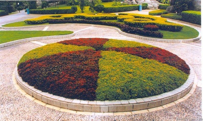 圆形花坛设计装修效果图-x团装修网