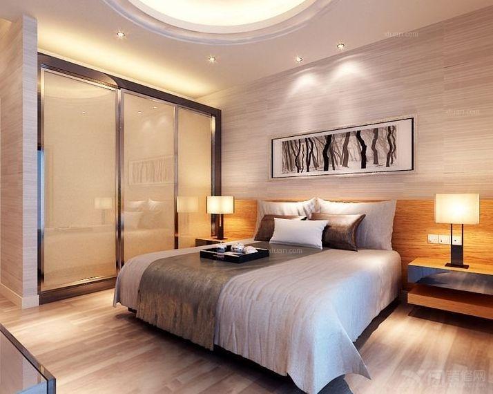 模向条纹的墙纸满贴室内,拉伸了空间层次,床头背景中木板上墙的装饰又