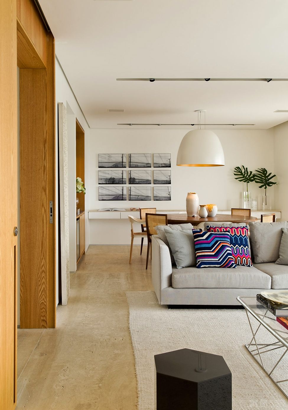 白领公寓现代简约_辰兴优山美郡装修效果图-x团装修网