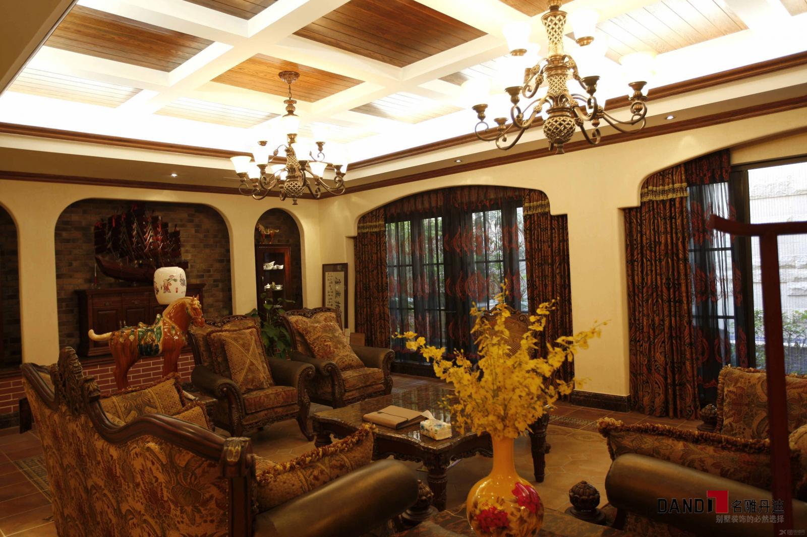 别墅欧式风格休闲区_兰乔圣菲800平别墅豪宅装饰图片
