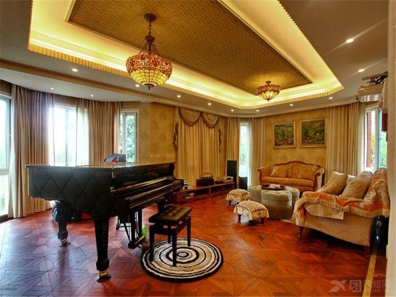 钢琴区  吊顶图片