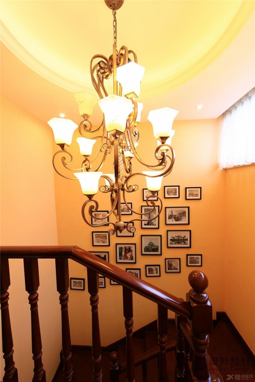 田园花朵楼梯过道灯具装修效果