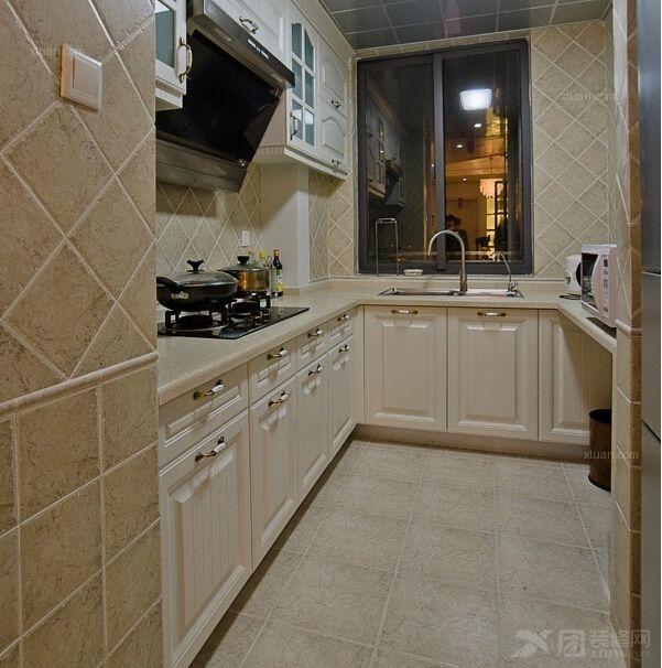 三居室厨房_御龙半岛
