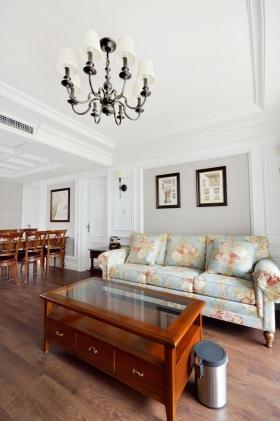 中信城-180平美式风格案例装修效果图-三居室美式风格客厅沙发背景墙图片