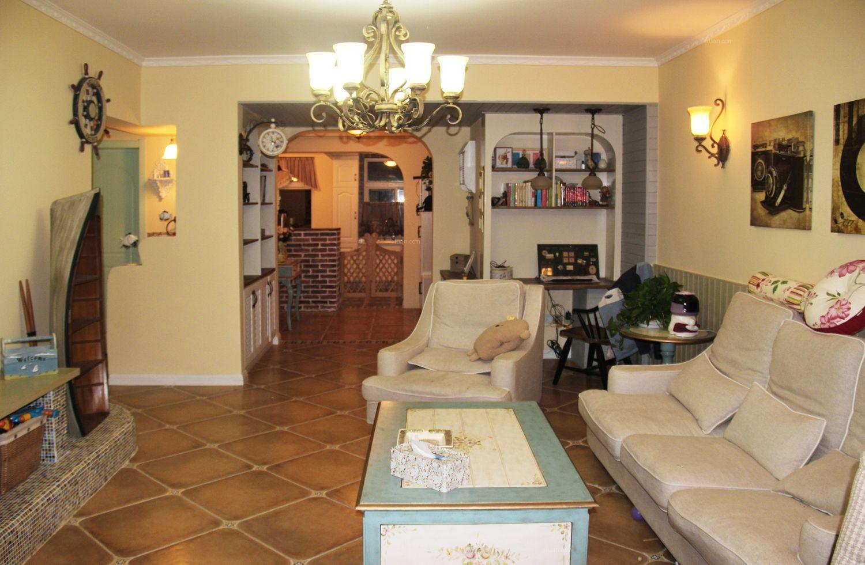 两室两厅地中海风格客厅软装
