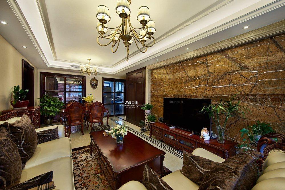本案主人公为城市中产阶级,家中也有别的房产,对装修的要求一定要精致,要随性,也要展示出一定的品位。设计师经过沟通后,定位为简约欧式风格,简约的线条不至于显得非常累赘。欧式的品质感,可以满足客户多方面的心理需求。中博装饰设计装修咨询专线13868190270QQ1525601036微信1525601036