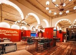 艺科设计 青岛酒吧设计-跌入迪斯科老电影之中