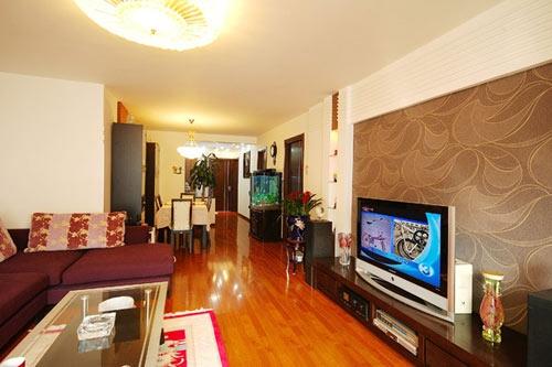 欧式风格的电视背景墙装修效果图可以让您感受西欧家居装修文化的