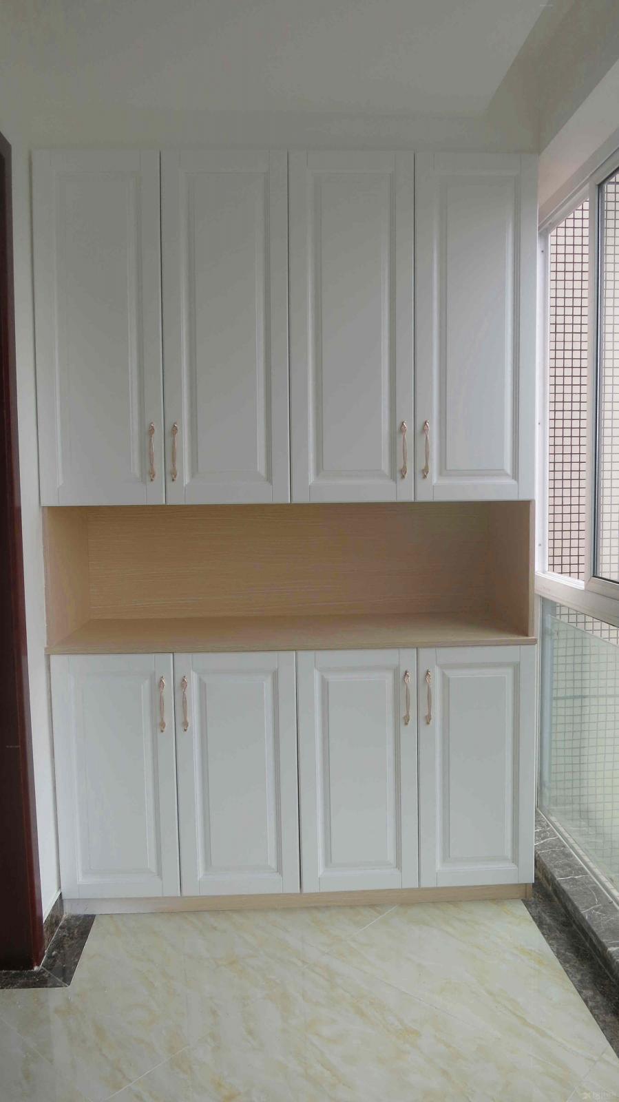 简欧创意阳台鞋柜设计