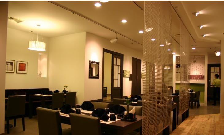 小面积餐厅灯光设计效果图