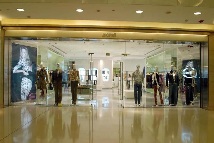打造特色服装店设计
