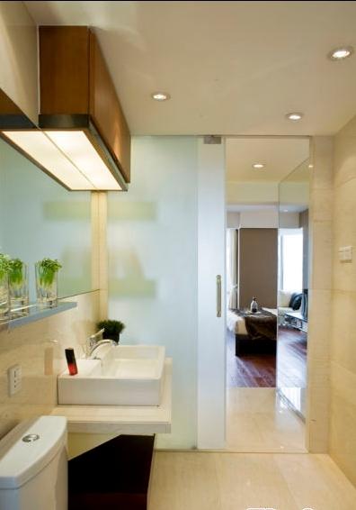 洗手间开放式区域包容各自的独立性,形成完满的整体装修设计.图片