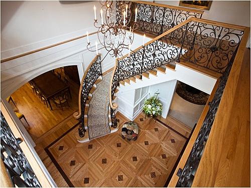 大气的别墅楼梯设计图_装修效果图-x团装修网