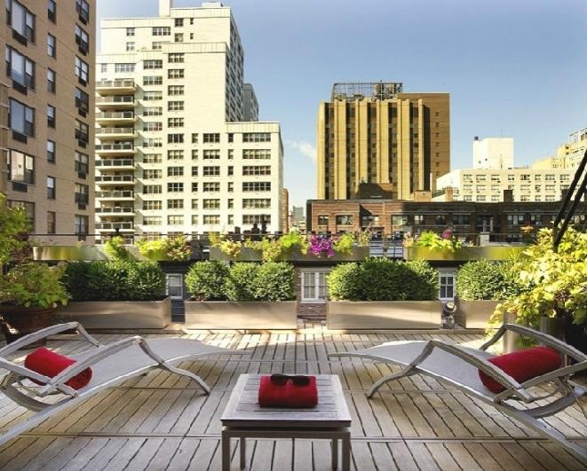 家庭阳台花园装修效果图 阳台花园设计装修效果图 巴洛克风格阳台花园图片