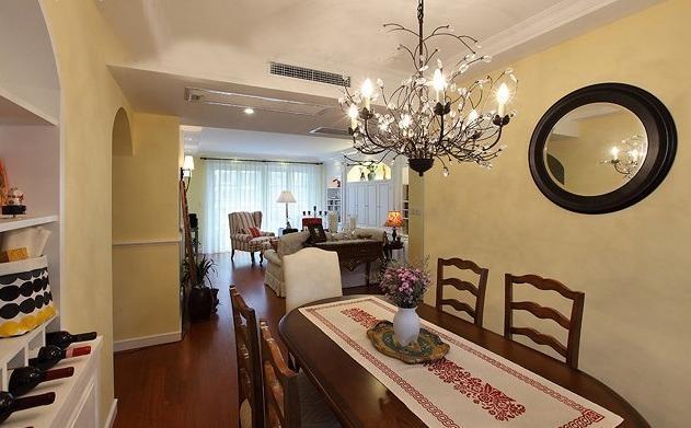 温馨宽敞简约美式风三居客厅餐厅设计_装修效果图-x团