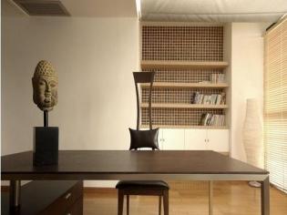 暖暖而舒适的书房装修
