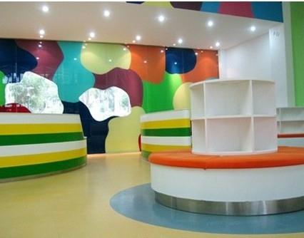 现代简约_多彩的幼儿园教室布置
