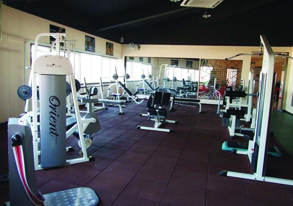 动感单车房的装修和操房差不多,也要求注意与整个健身房的融合统一.