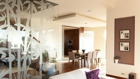 客厅玻璃隔断装修效果图
