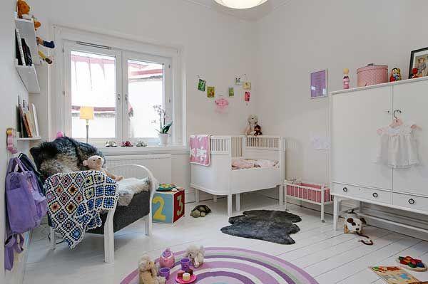 温馨快乐的婴儿房