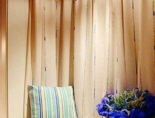 温暖卧室飘窗