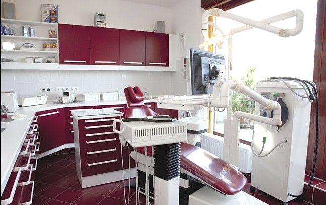 红色牙科诊所装修设计 装修效果图 X团装修网高清图片