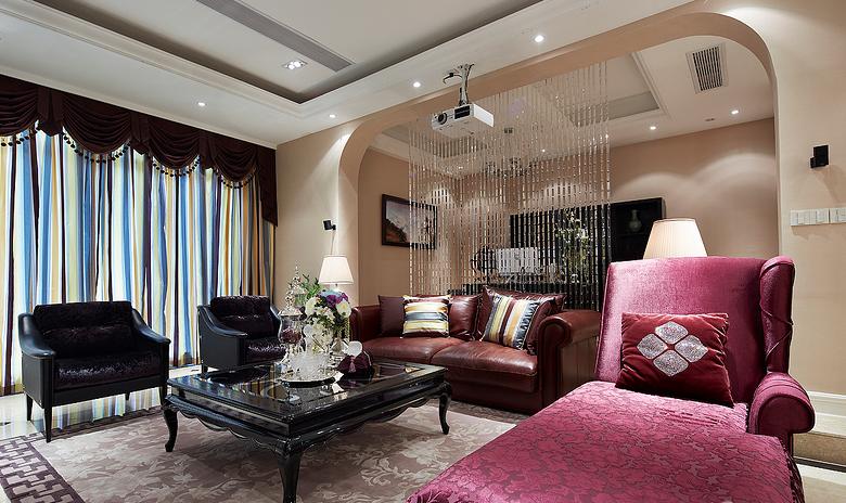 典雅的紫色沙发