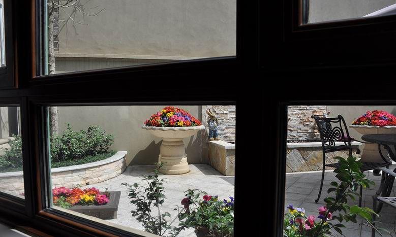 休闲区装修效果图  别墅欧式风格阳台花园