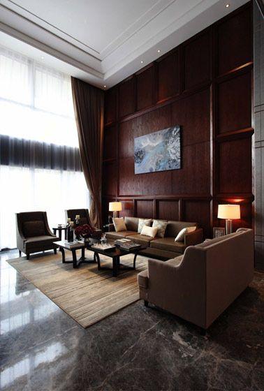 复式楼新古典客厅沙发背景墙_稳重大气的客厅图片