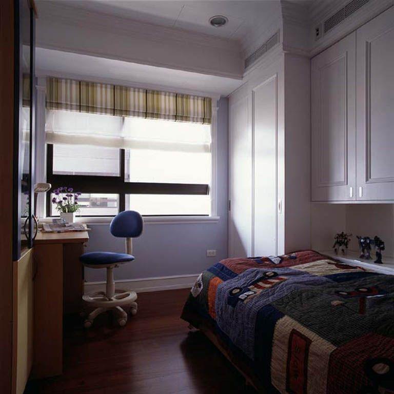 卧室_温馨实用的卧房