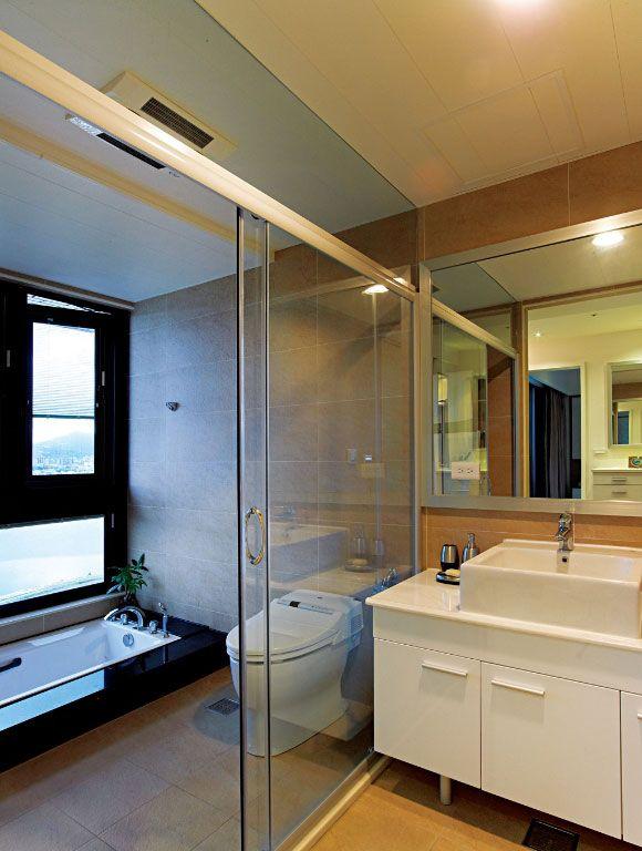 单纯的卫浴空间