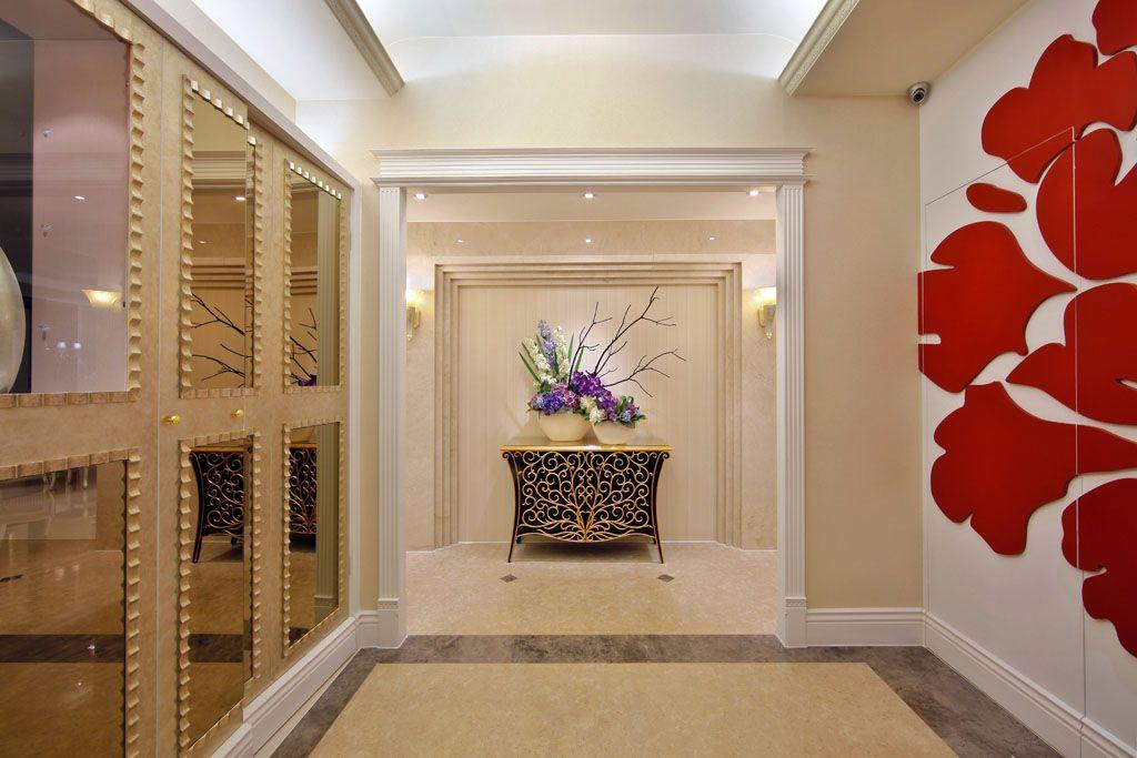 实木鞋柜简约现代白色 创意玄关环保大容量组合鞋架 欧式瓷砖背景墙图片
