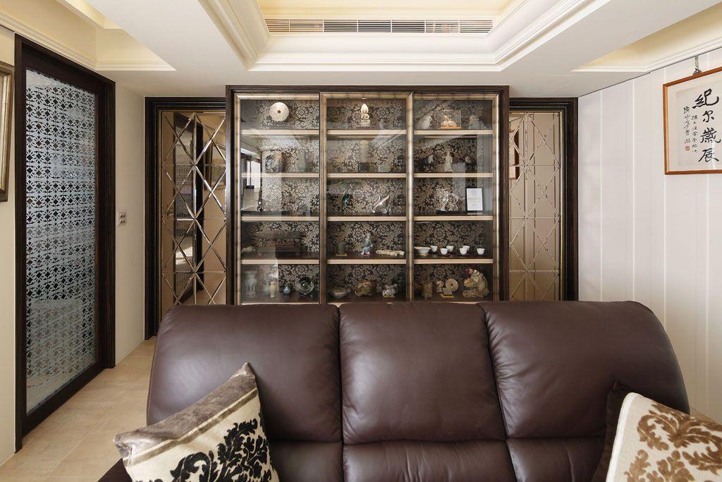 沙发背景墙_沙发背景墙展示柜图片